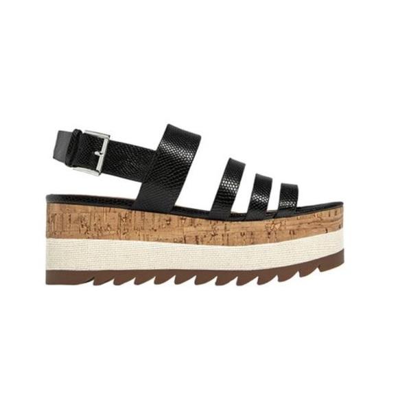 c18f7f5c26 Zara Trafaluc Contrast Platform Sandals. M_5b7622f41e2d2ddd9e2db69f